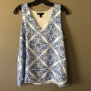 Elegant Willi Smith Blue & White Patterned Blouse